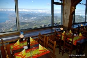 Restaurante panorâmico, com vista para Montreux