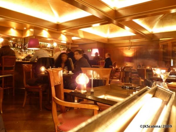 "Harry's Bar de Montreux – ""Billie Jean"" em levada jazz"