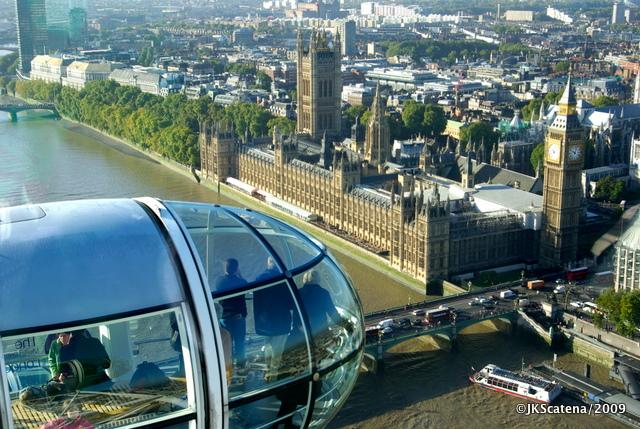 """Good day, sunshine!"", dos Beatles, na London Eye"