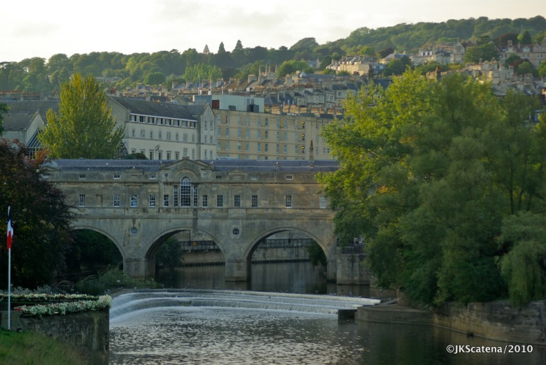 Bath: Avon River & Pulteney Bridge