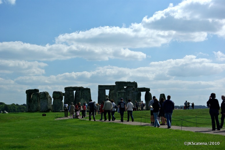 Stonehenge: Visitors