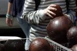 London: Portobello Market – BallsStand
