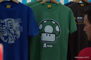 London: Portobello Market - T-Shirts