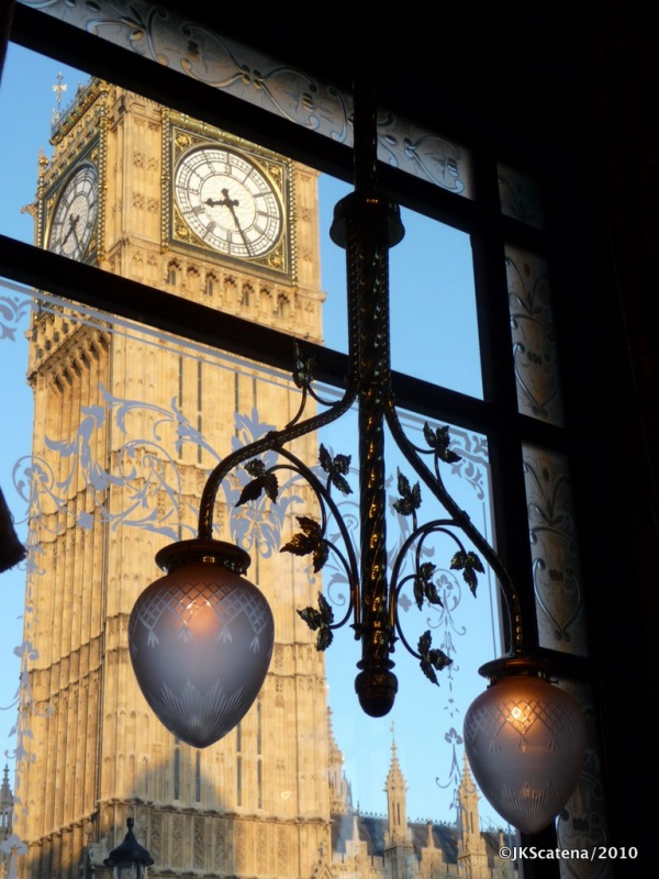 London: St Stephen's Tavern & Big Ben