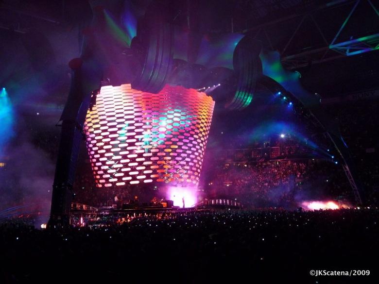 U2 @ Amsterdam: Screen